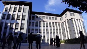 Joan-Enric Vives beneeix les obres de condicionament de la Casa del Bisbat d'Urgell