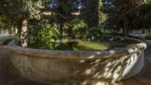 Meditació zen al claustre de Pedralbes